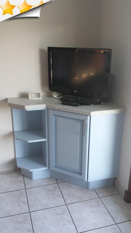 R novation meuble de cuisine scs multiservice for Service de cuisine