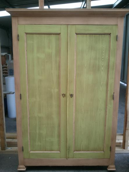 Relooking salle a manger armoire,tables