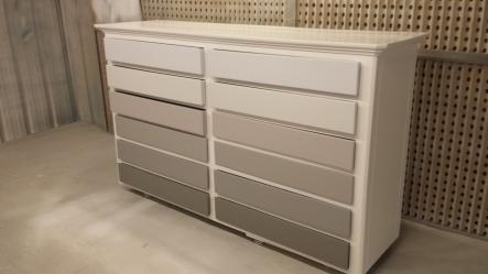 Actualisation d 39 un meuble ancien scs multiservice - Relooker un meuble ancien en moderne ...
